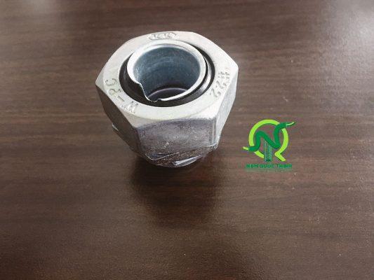 Đầu nối ống mềm kín nước vào box nippon seam